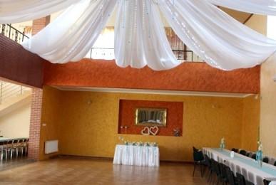sala-w-nowotancu-dekoracja