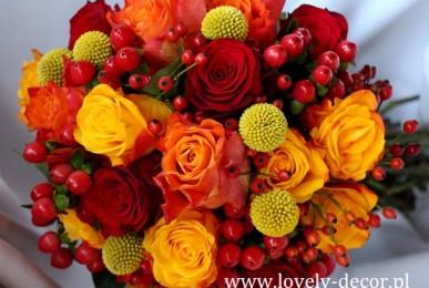 bukiet-slubny-jesienny-w-kolorach-czerwonym-pomaranczowym