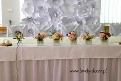 tlo-kwiatowe-kwiaty-papierowe-dekoracja-weselna